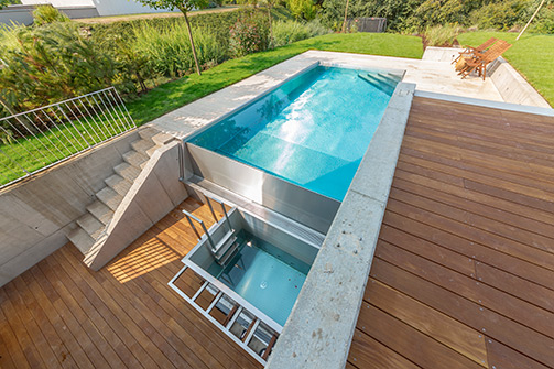 Overflow Swimming Pool Design. Great Thanks To This Technology ...