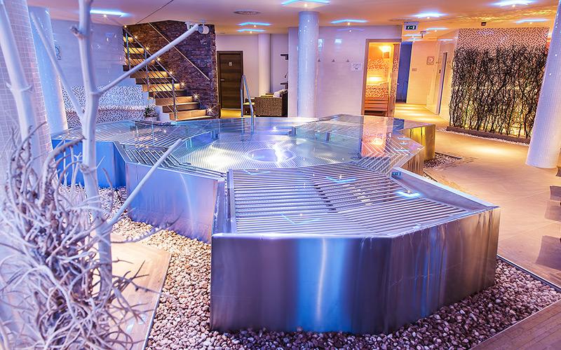 Luxusní vířivky Imaginox na míru domů i do hotelů a komerčních wellness- vše z nerezu