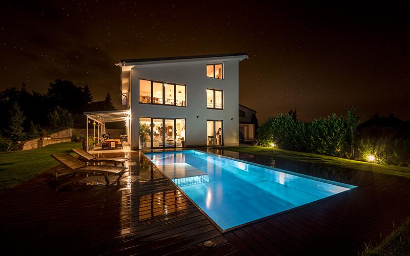 Rodinné i komerční bazény na míru v jakýchkoli velikostech i rozměrech