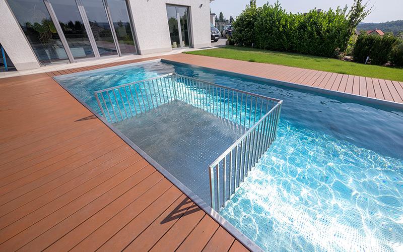 Kvalitní nerezové bazény s individuálními prvky na míru dle přání klienta