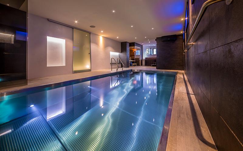 Nerezový bazén Imaginox s automatickou reletou umístěnou ve dně bazénu