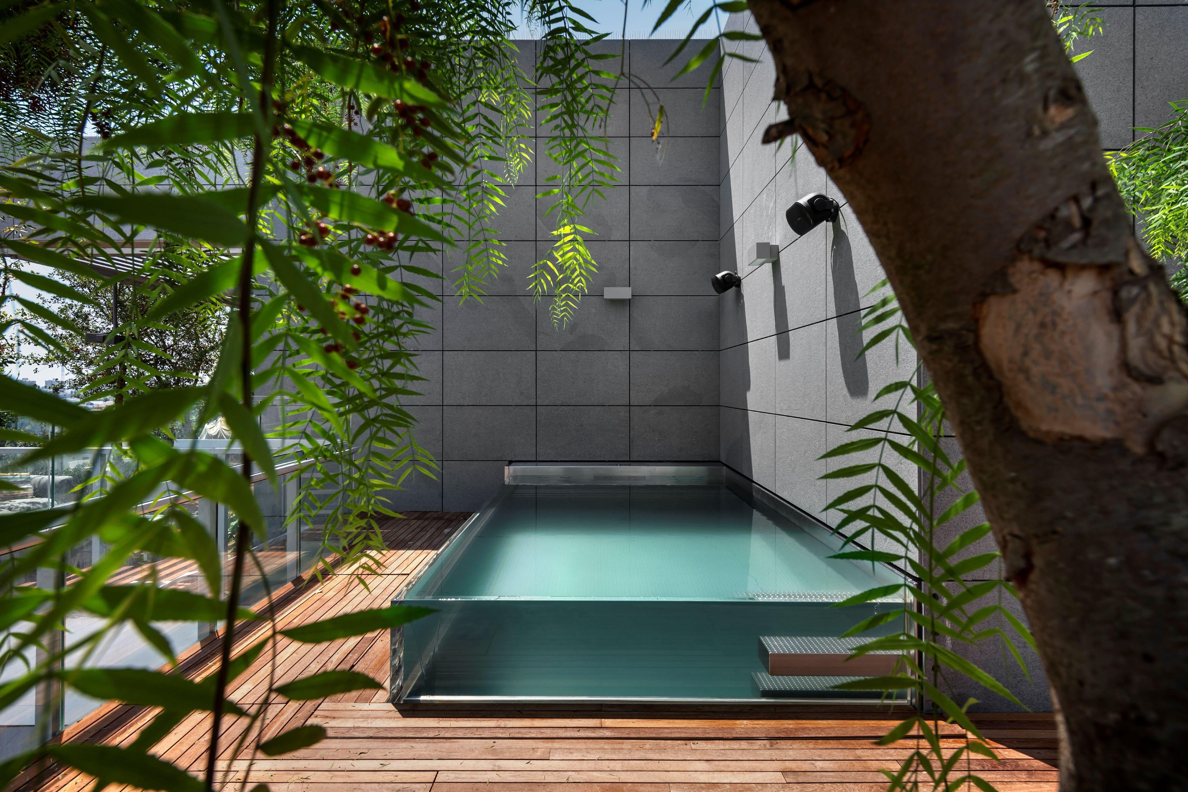 Privátní skleněný bazén IMAGINOX v Izraeli
