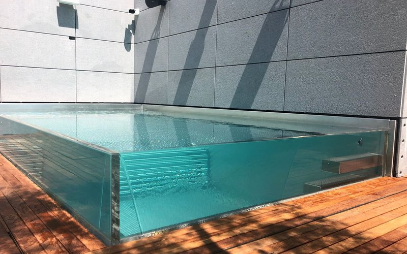 Skleněný bazén – nerezový bazén se skleněnými stěnami   IMAGINOX