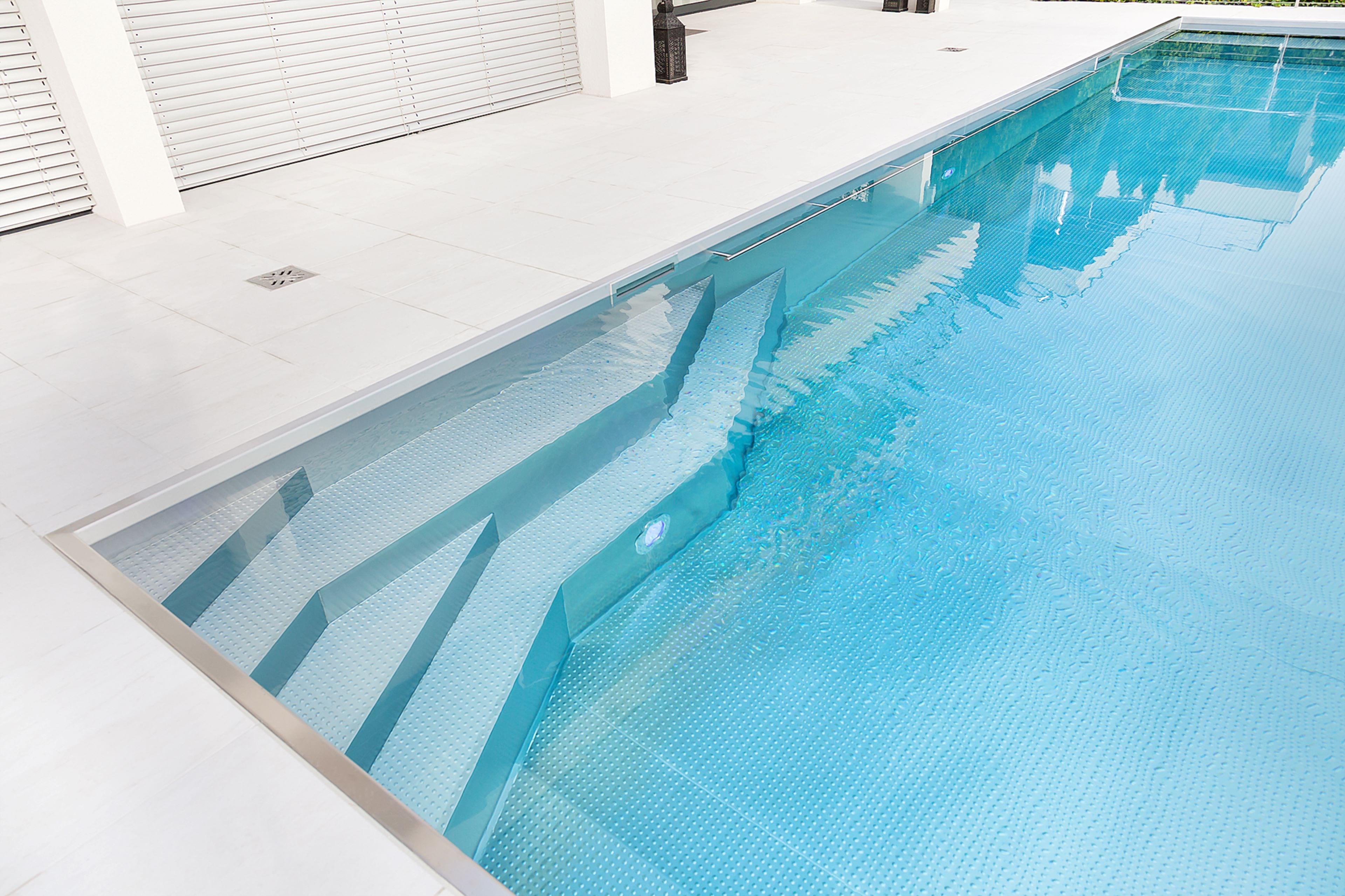 Oblíbené vybavení nerezových bazénů IMAGINOX | IMAGINOX